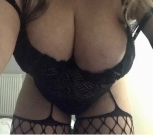 Jema annonces coquines collants Colombes