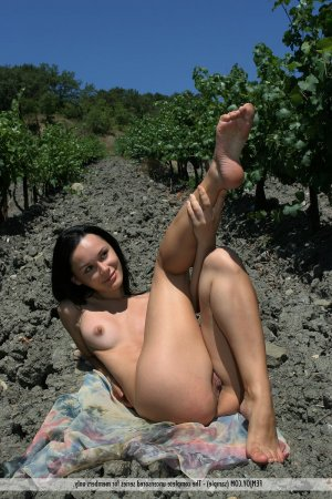 Nyima escorte girls Saint-Cyr-au-Mont-d'Or, 69